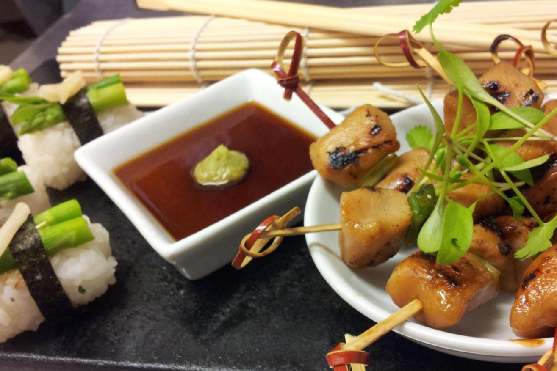 Chicken yakitori and asparagus nigiri