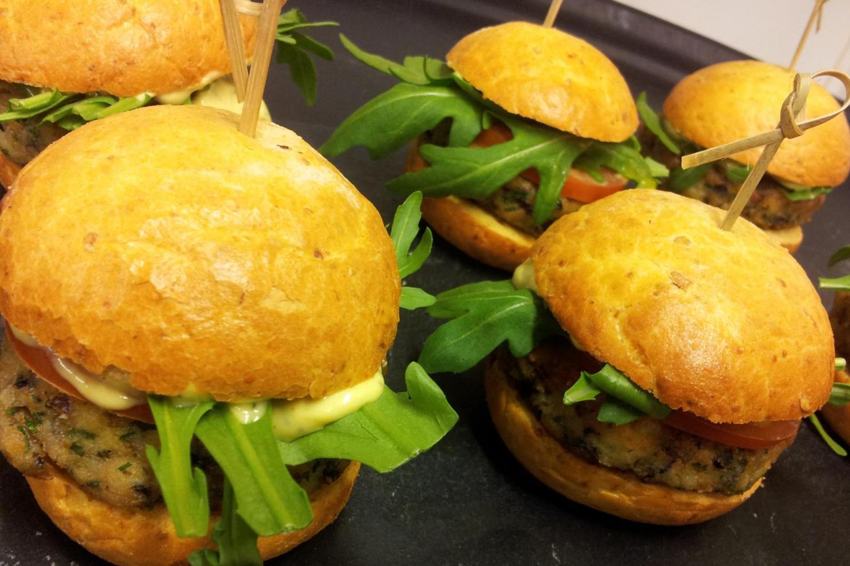 Prawn burger, brioche bap, Bearnaise sauce